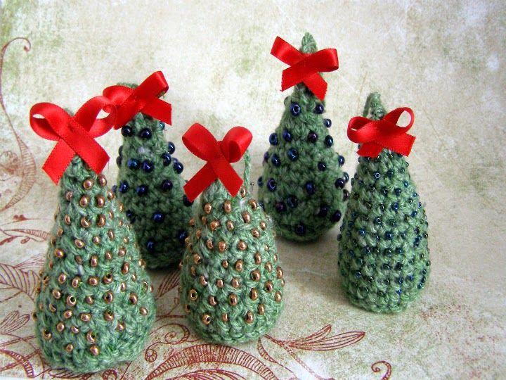 choinki szydełkowe #crochet #hand made #chrstmastree #blue #gold