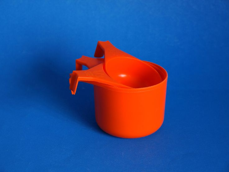 Decor Orange Measuring Cups - Vintage Retro Funky Plastics - Made in Australia by FunkyKoala on Etsy