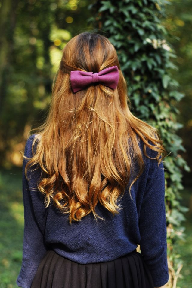 wavy hair, violet bow, photography, hairstyle