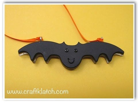 bat necklace diy halloween resin craft youtube - Youtube Halloween Crafts