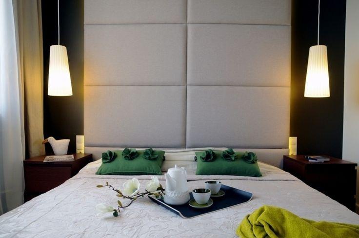 Sypialnia, zielone dodatki do sypialnia, poduszki, aranżacja sypialnia. Zobacz więcej na: https://www.homify.pl/katalogi-inspiracji/20822/dzien-swietego-patryka-zielen-we-wnetrzach