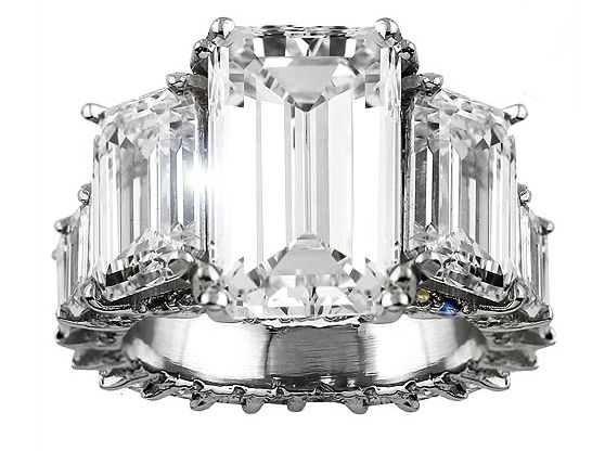 This is Ciara's engagement ring... Estimated around $500K.