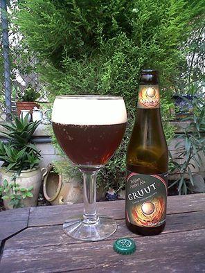 Marca: Gruut.  Clase: Amber.  Fabricante: Gruut.  Cerveza de cebada.  Estilo: Amber Ale.  Procedencia: Bélgica.  Grados: 6,6%.