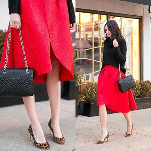 Red for new year! #chicwish tulip midi skirt (shop link in profile) #chic #red #midiskirt #fullskirt #fashion #lady #style #ootd #outift #blogger #fashionblogger #shop #shoppingonline #sale