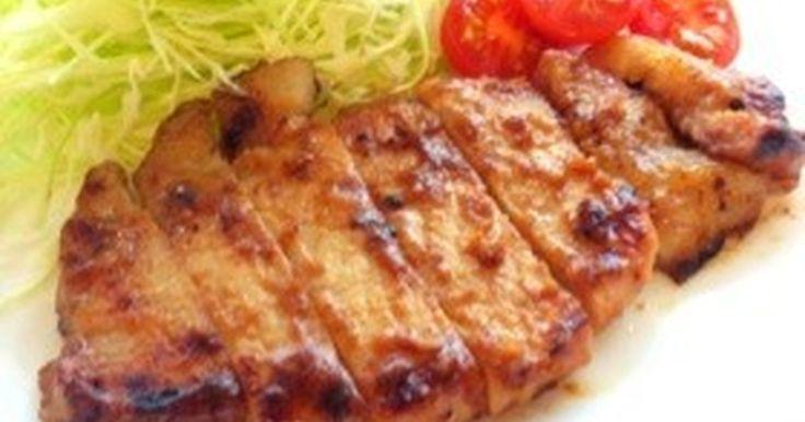 ★★★殿堂入りレシピ★★★つくれぽ1700件 自分で漬ける絶品豚ロース!合わせ味噌に漬けるだけ簡単*お弁当にもおすすめ♪