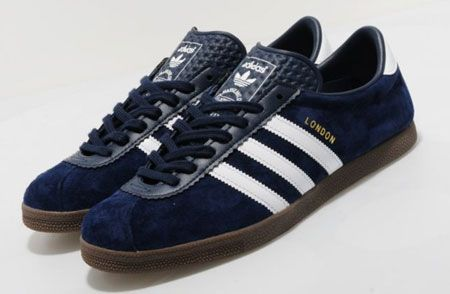 Adidas London trainers reissued in navy blue suede. I want these!!