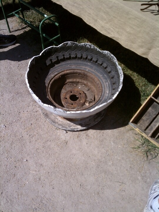 17 best images about uses for rims on pinterest planters for Old tyre uses