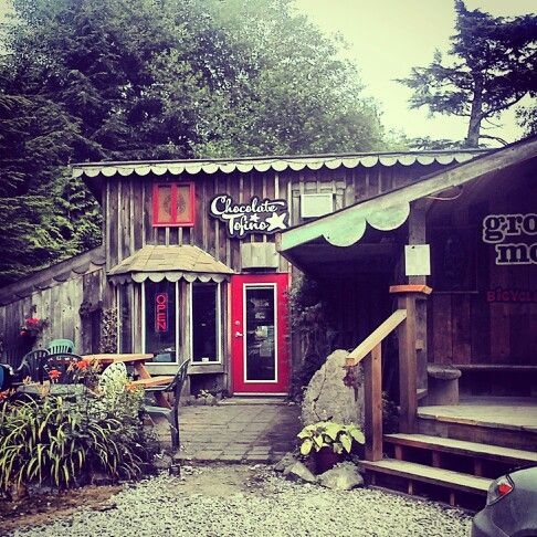Chocolate tofino BEST PLACE ON THE ISLAND!!!!!!!