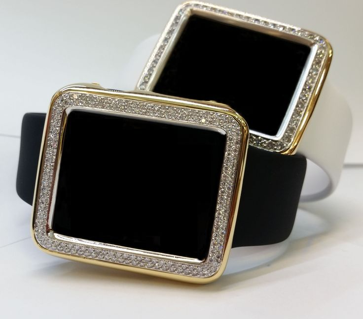 Handcrafted Apple Watch 18kt gold case with diamond bezel