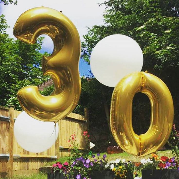 We used pur giant balloon collection to help celebrate a very special birthday! #ballloons #balloon #giantballoons #roundballoons #numberballoons #summerparty #birthday #birthdayballons #birthdayparty #birthdaydecorations #birthdaycelebrations #happybirthday #birthdaydecor #partydecoration #partydecorations #beautifulballoons #party #outdoorpartying #outdoorbirthday