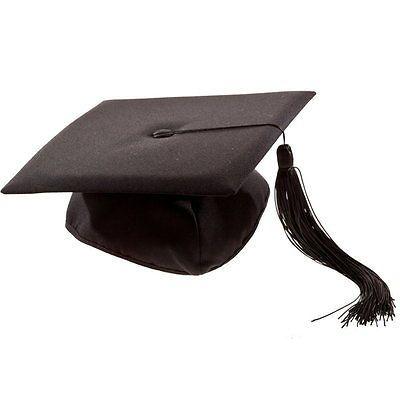 Bchelorhut-Doktorhut-Collegehut-Diplomhut-Abschlusshut-Absolventenhut-Doktor-Hut