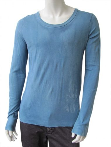"Long sleeve ""half gloves""covering t-shirt, cornflower-blue derived from a flower, the ford, Egyptian cotton, wide neck, effect worn with a velvet touch EUR 90.00"