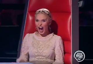 Αuto  Planet Stars: Απίστευτο! Ο Πούτιν τραγούδησε στο The Voice αιφνι...