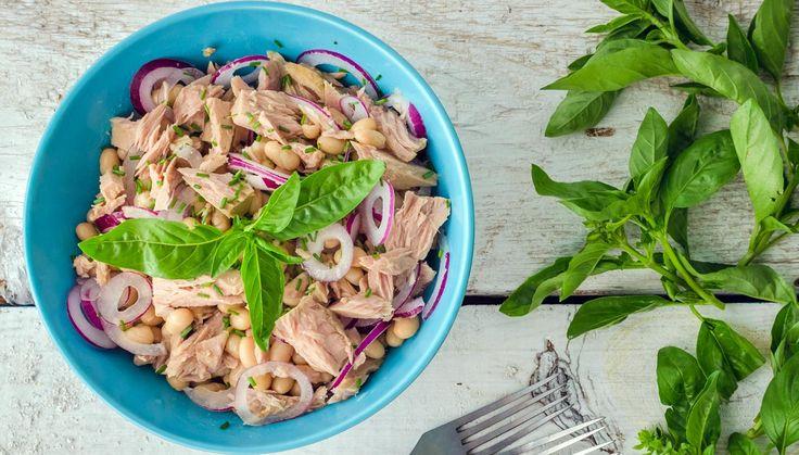 Ricetta Lomellina: insalata Bremese con cipolla, tonno e fagioli