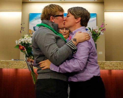 Ofician primera boda gay en Idaho tras superar prohibición