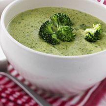 Den här lena broccolisoppan mixar du snabbt ihop och den passar perfekt för lunchlådan! Går även utmärkt att frysa in för senare tillfälle. 0pp