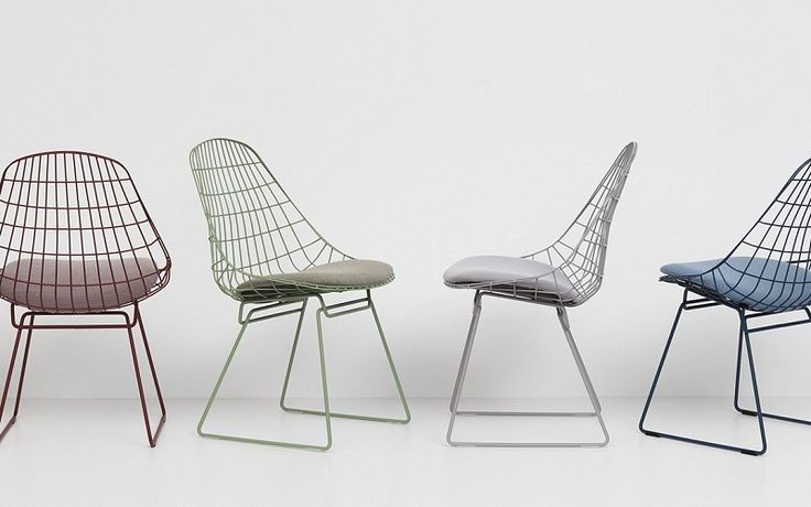 Pastoe - Pastoe Chairs: Wire Collection - Wire Chair SM05 - Kleuren stoelen op rij. Design: Cees Braakman - 1958