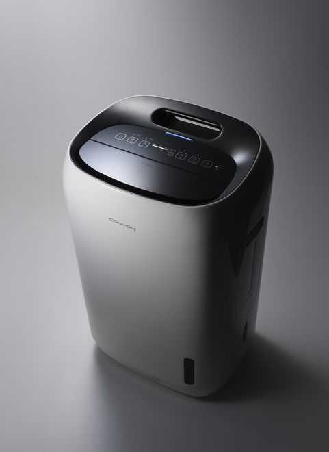 This product purifies air in the home through a filter while humidifying or dehumidifying for total air care and comfort in all seasons. Combined air purifier + dehumidifier + humidifier + antibacterial functions 5 cutting-edge filters including HEPA and odor filters are used to remove bacteria, fine dust, harmful gases, mold, etc. from indoor air.