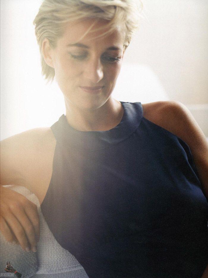 Принцесса Диана (Princess Diana) в фотосессии Марио Тестино (Mario Testino) в Кенгсингтонском дворце, фото 19