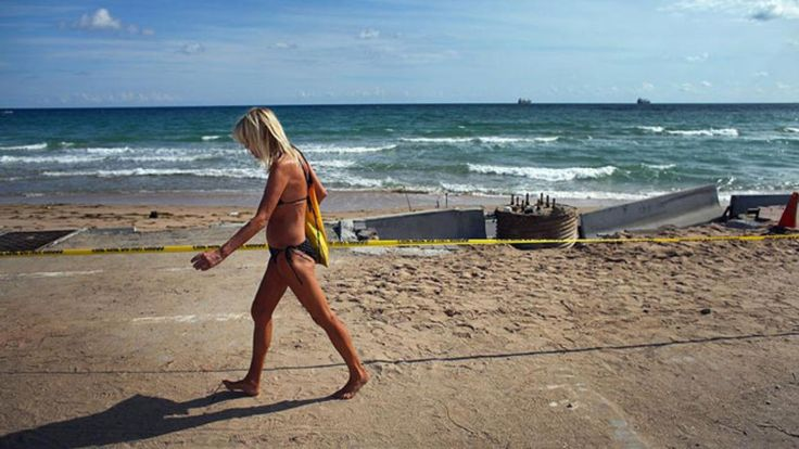From 1996 to 2015 the high and low tides at Miami Beach rose about 4.2 inches.