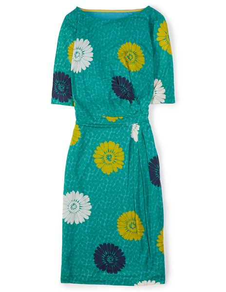 Got the winter blues? They'll disappear once you catch a glimpse of yourself wearing this! | #Boden Annie Dress in Green Flower Spot