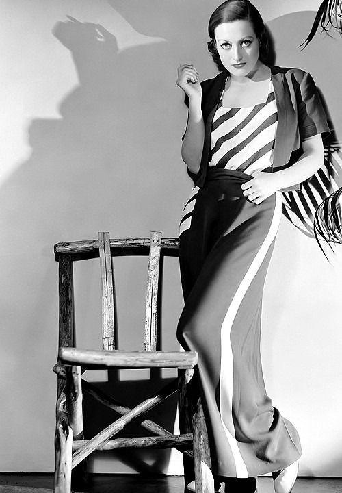 Joan Crawford by George Hurrell, 1932.