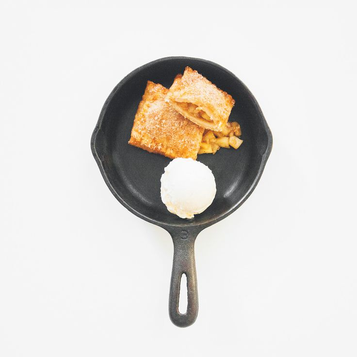 fried apple pie / FRENCH CUISSE