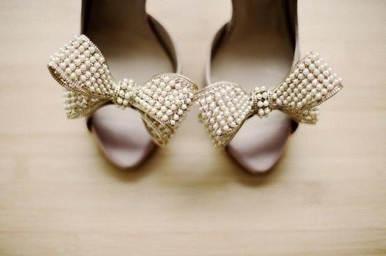 Pearly Wedding Shoes for Brides