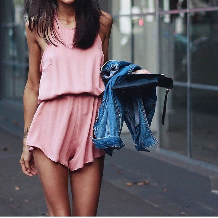 NEW STUNNING INSPIRATION - More fashion inspo @fashionfrique Picture Pepamack #howtochic #ootd #outfit