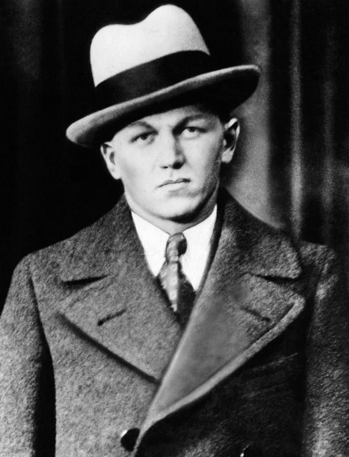 Famous 20s and 30s American mobster Baby Face Nelson was born today 12-6 in 1908. He was a member of the Dillinger Gang and for a time was Public Enemy No 1 on the FBI list. He passed in a shoot out with the FBI in 1934.
