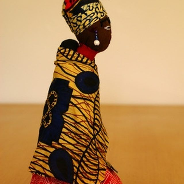 African hair wraps are traditionally worn for social status and to protect the hair.
