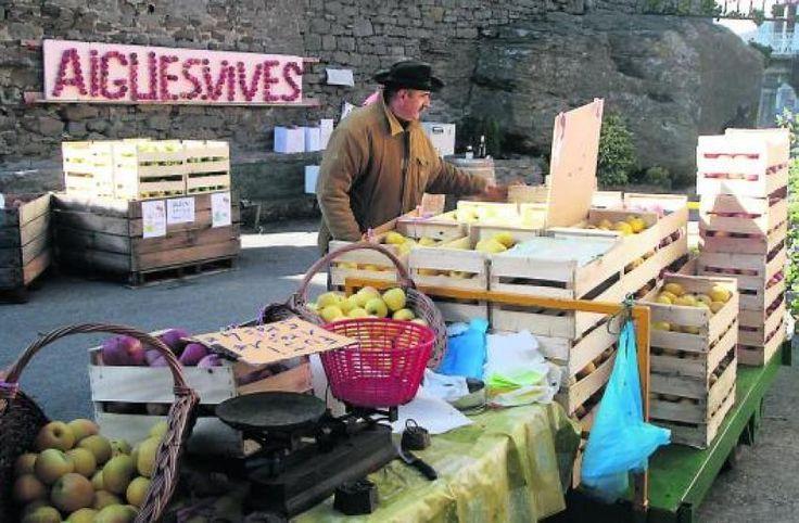 Fête de la pomme Aigues Vives d'Aude en octobre visite de l'étang de Marseillette, marché, restauration gourmande,  artisanat local, animations, jeux ...