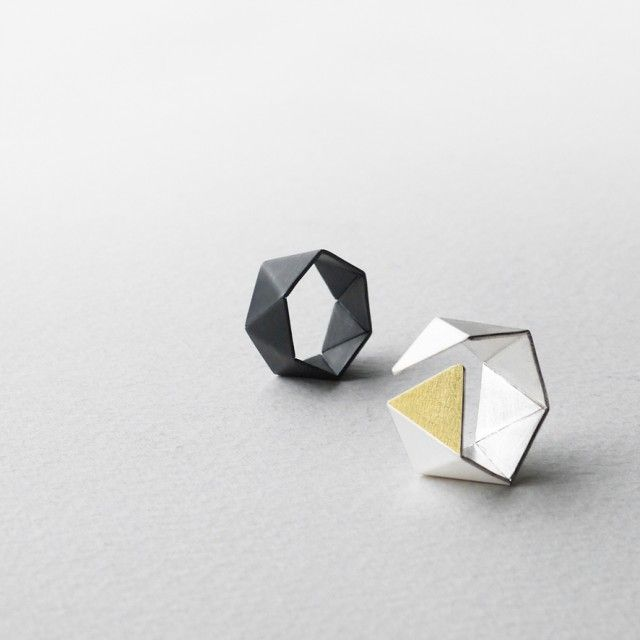 Hexagon - 24ct Gold and Sterling Silver Ring - Qrator
