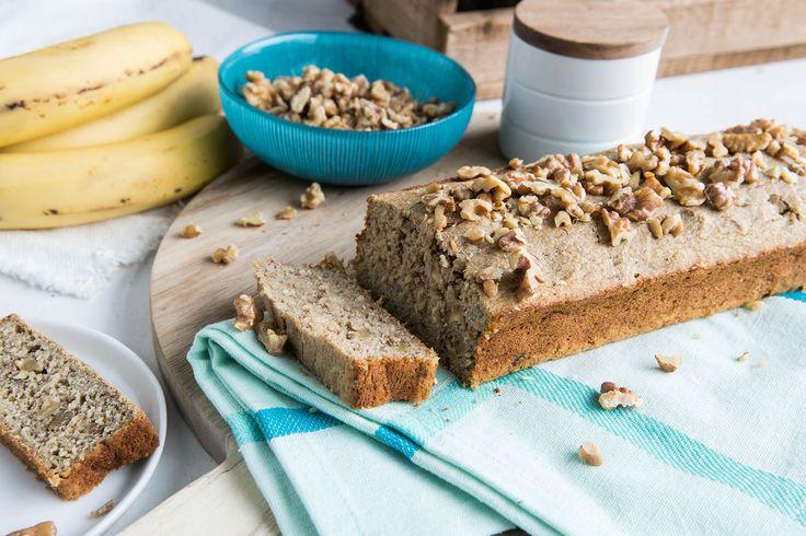 Har du bananer som begynner å bli brune har du en perfekt anledning til å lage deilig bananbrød. Oppskrift uten melk, gluten og sukker finner du her.