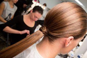 Twoje włosy stają się grube, silne i gęste!