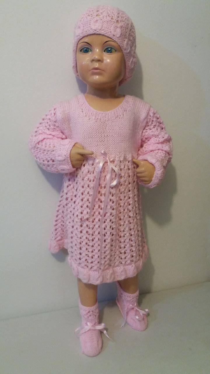 Vestido niña tejido a palito con hilo de invierno