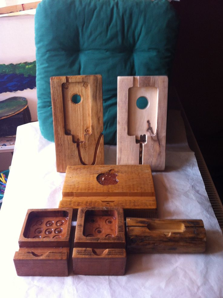 Iphone and Ipad wood stand