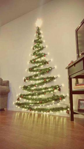 Hängande vägg julgran ful eller fantastisk?
