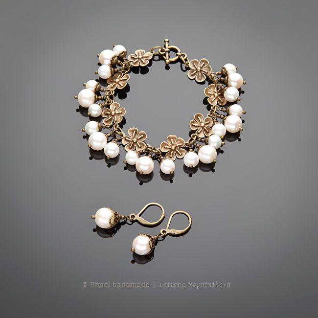 Купить «Винтажные цветы» браслет и серьги из жемчуга. Винтажный стиль - браслет из жемчуга, серьги из жемчуга