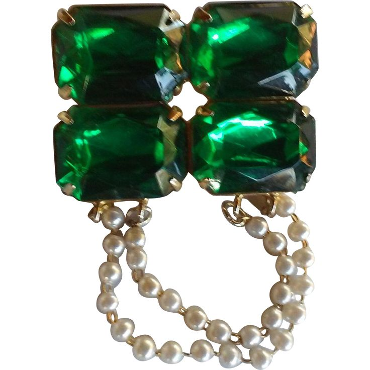 Christmas Green Paste with Faux Drop Pearls Brooch Pin.   https://www.pinterest.com/clarasjewelry/christmas-on-ruby-lane/