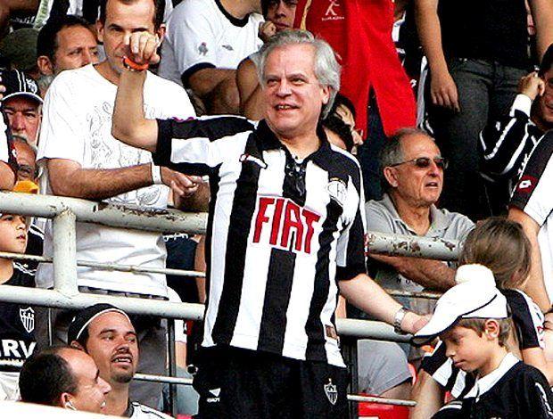 """""""Não torço para time de futebol sou ATLETICANO """" - Chico Mito Pinheiro _ Aqui é Galo  _ Boa Noite CAMbada  _  Estamos fazendo um Sorteio de uma Camisa Oficial do #Galo link da Foto Oficial está na Bio da página. Participe  _  Marque seus amigos   _ #Galo #VamosGalo #AtleticoMineiro #pedalaqueelastremem #EuAcredito #MG #aquiégalo #YesWeCam #galodoido #Libertadores2016  #Atleticomg  #Galofortevingador #GaloNaLibertadores #Horto #Caldeirãdogalo #Independência #chicopinheiro _ SIGAM…"""