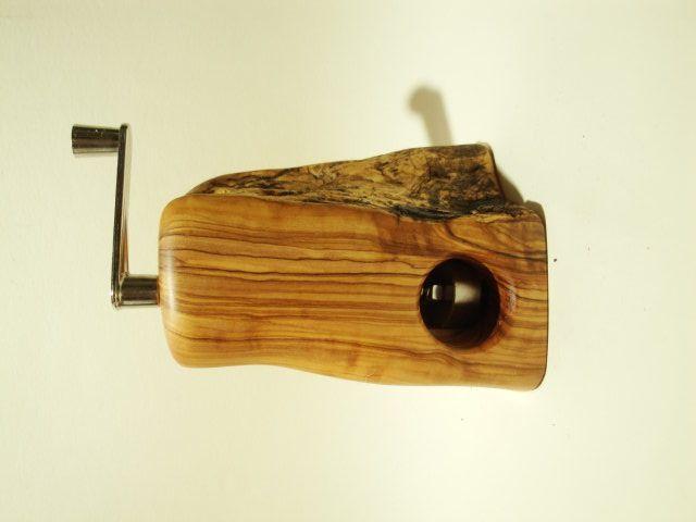 Muskatmuhle Einzelstuck Holz Handarbeit Praktische Holzkunst Muskatmuhle Holz Holzkunst