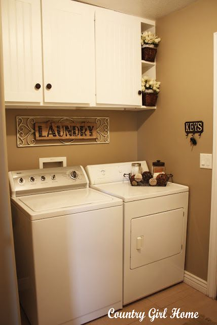 Small laundry room idea for new house. Love the colors too.