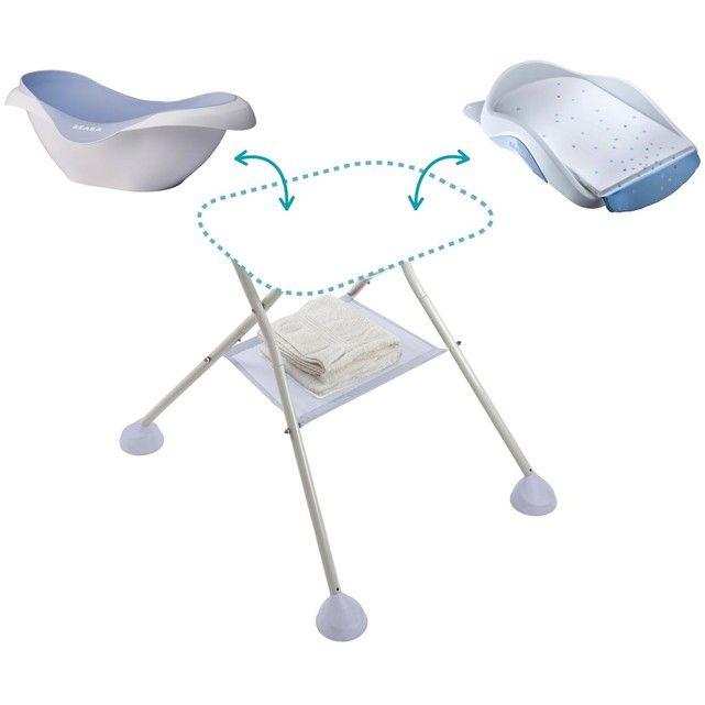 La baignoire bébé premier âge Camélé'o Béaba offre à bébé un confort optimal grâce à ses formes rondes et sa matière souple et antidérapante. Elle est idéale pour les petits espaces et les déplacements.Caractéristiques de la baignoire bébé premier âge Camélé'O Béaba :Facile à transporter grâce à ses larges rebords. Bouchon de vidange. Support pommeau de douche latéral.Taille unique.Dimensions : L82 x H29 x P55 cm,.Poids : 2,75 kgSupport Camélé'O (avec tuyau de vidange) et transat de bain ...
