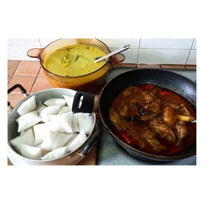 Rendang Ayam, Kuah Lodeh & Boiled Lontong