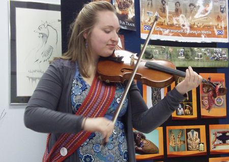 Métis Fiddler Alicia Blore (Photo by Brea Bartholet)-Metis Awareness Day at Durham College