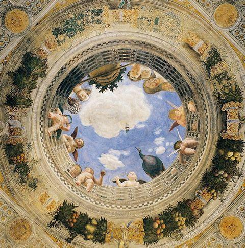 Mantova, Camera degli Sposi, capolavoro dell'eccelso Andrea Mantegna, 1465-74. Dettaglio del mirabilissimo e celeberrimo oculo nel soffitto.