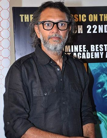 Here is how Rakeysh Omprakash Mehra found his Mirza? - http://www.bolegaindia.com/gossips/Here_is_how_Rakeysh_Omprakash_Mehra_found_his_Mirza-gid-36241-gc-6.html