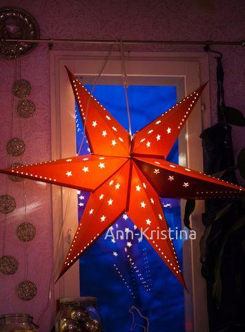 Ann-Kristina Al-Zalimi, joulu, joulutähti, joulukoriste, sininen hetki, jouluvalo, christmas decoration, skandinavia, finland, ikea, red christmas star, star, tähti, keittiö, kitchen