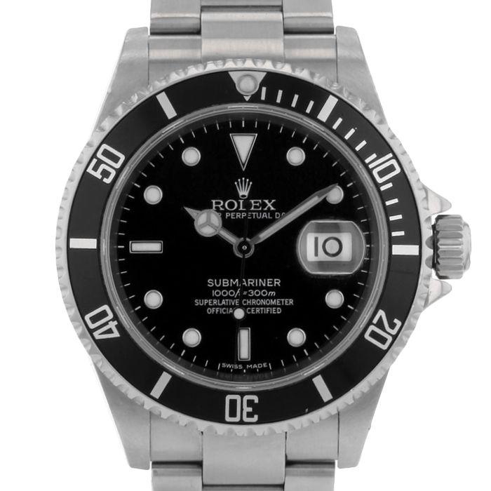 Rolex Submariner Date en acier Ref : 16610 Vers